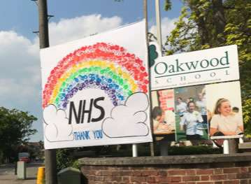 Oakwood School, Horley, tribute to the NHS workers.